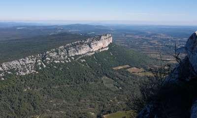 Randonnée au Pic Saint-Loup : panorama entre mer et montagne, au coeur de la nature © Mathilde Poussin