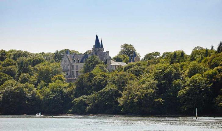 Chateau-Hénan-Crédit-photo-A